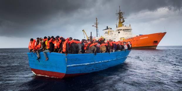 Cinq disparus en Méditerranée, selon des migrants secourus - La Libre
