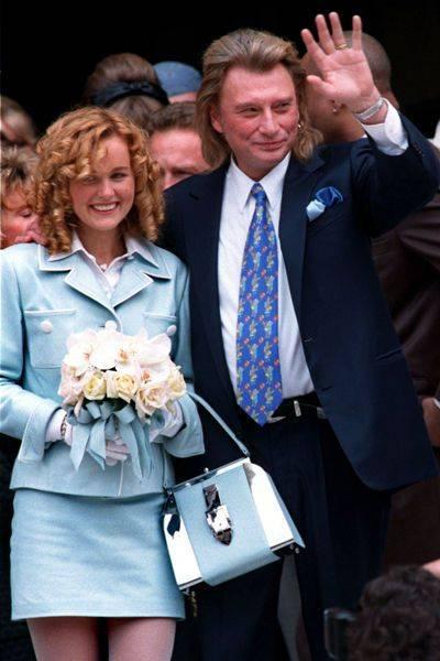 Le mariage qui a changé sa vie : le 25 mars 1996, Johnny et Laeticia se marient.