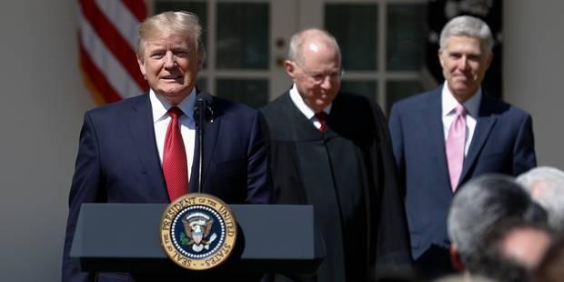 Donald Trump adoube son premier juge à la Cour suprême - La Libre
