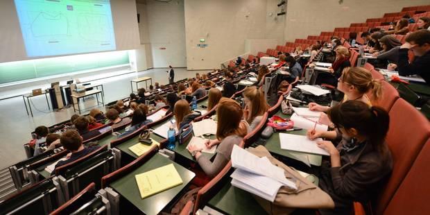 Prolongation de l'occupation des rectorats de l'UCL et l'ULB par les étudiants - La Libre