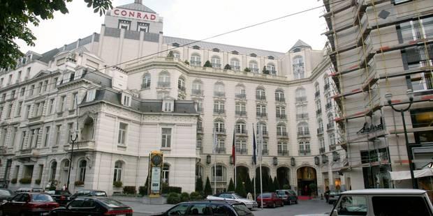 """Procès des """"princesses du Conrad"""": accusées d'avoir maltraité une vingtaine d'employées dans un hôtel de luxe à Bruxelle..."""