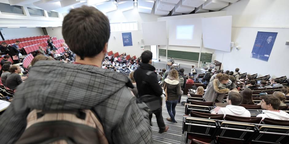 L'enseignement supérieur vient en aide aux réfugiés pour gonfler ses rangs - La Libre