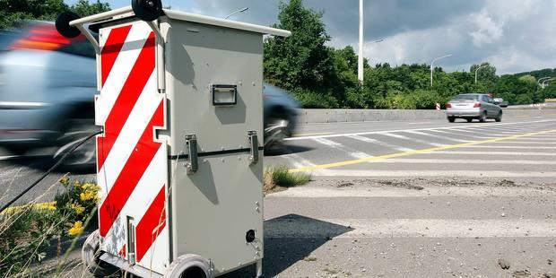 """""""En termes de sécurité routière, le passage à 130 km/h entraînerait une hausse du nombre d'accidents"""" - La Libre"""