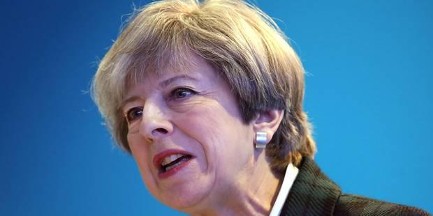 "Explosion à Manchester: Theresa May condamne ""une attaque terroriste épouvantable"" - La Libre"