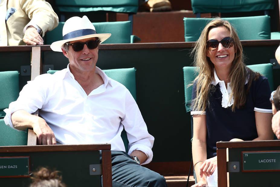 Hugh Grant et Anna Eberstein, ensemble? Les rumeurs vont bon train...