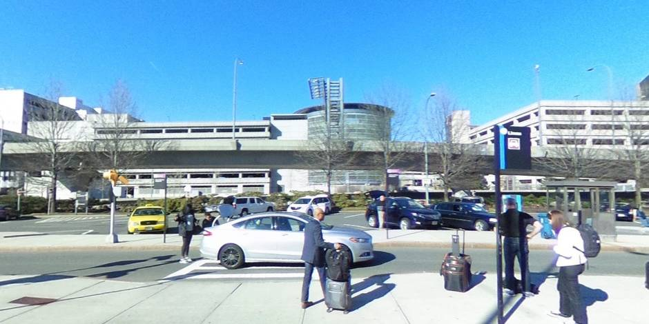 Un automobiliste blesse 10 piétons près de Boston