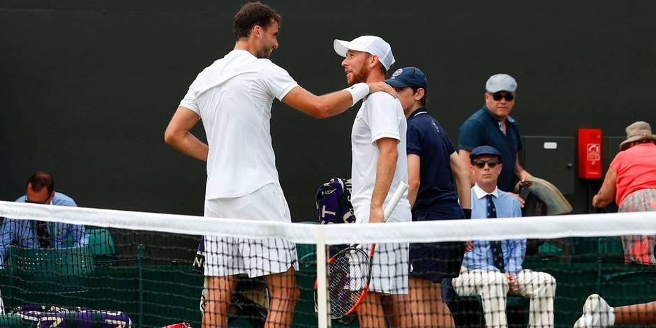 Federer file au 3e tour — Wimbledon