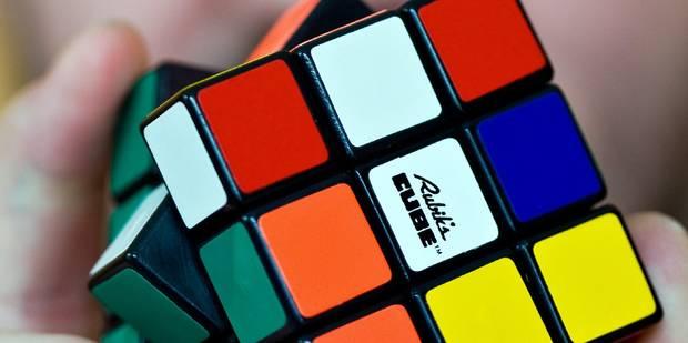 Le Rubik's Cube a son championnat du monde et il se déroule à Paris - La Libre