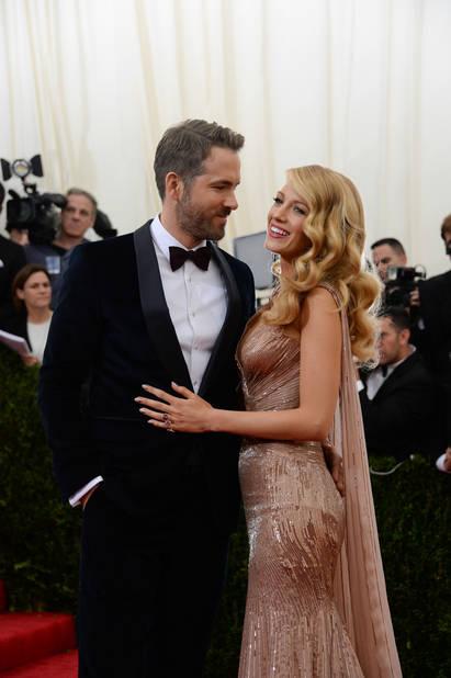 2014 au Gala du MET. Ou comment éclipser tout le monde sur le tapis rouge. Et confirmer qu'ils forment l'un des couples les plus glamour d'Hollywood.
