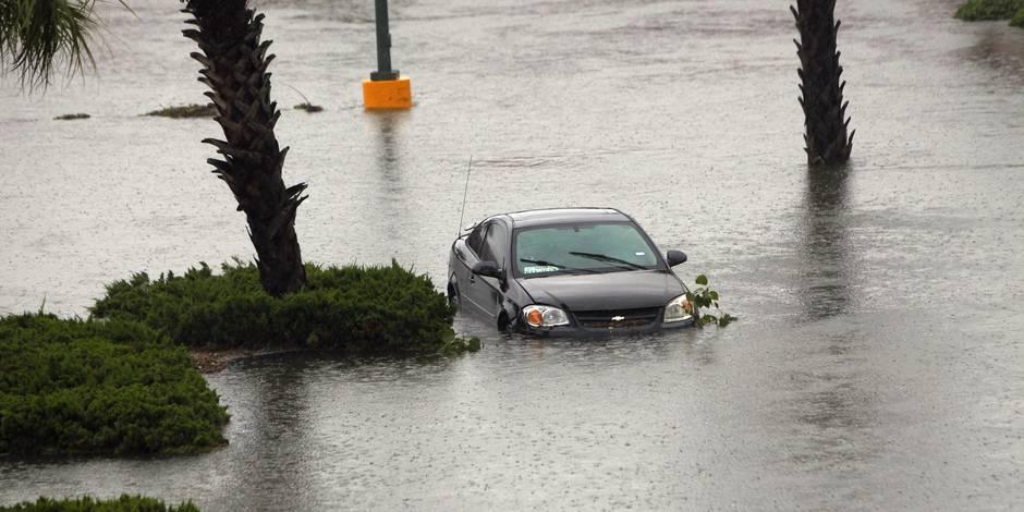 Tempête Harvey: au moins trois morts au Texas, des inondations