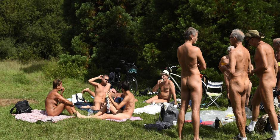 Naturisme: les tout-nus débarquent au Bois de Vincennes !