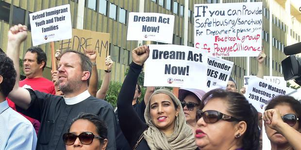 """Crise des jeunes sans-papiers aux USA: Barack Obama dénonce la décision """"cruelle"""" de Trump - La Libre"""