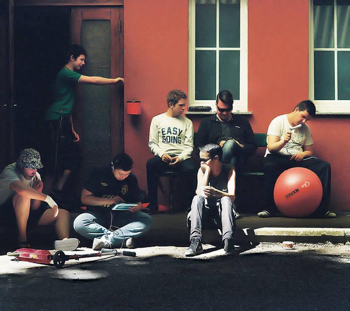 Vacances d'été à Clairvaux. Les jeunes s'occupent seuls mais avec les autres et autour de Frédéric Bourlez.