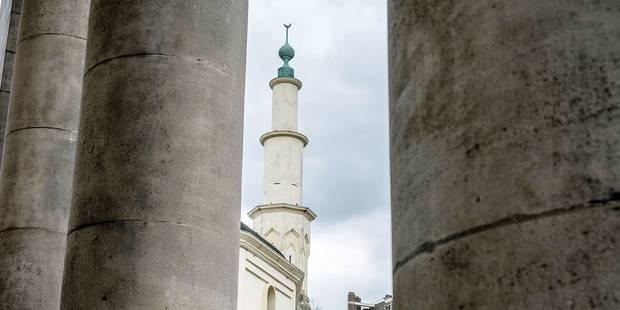 """L'imam de la Grande mosquée aurait dû """"être parti pour la fin mai"""" - La Libre"""
