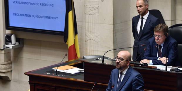 """Charles Michel: """"Les étudiants et travailleurs ne peuvent être pris en otages. Nous allons concrétiser le service minimu..."""