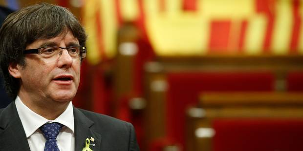 """Puigdemont interpelle l'UE et dénonce un """"coup d'Etat"""" contre la Catalogne - La Libre"""
