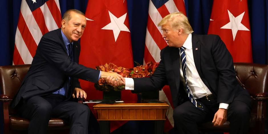 Michael Flynn dément avoir voulu livrer Gülen