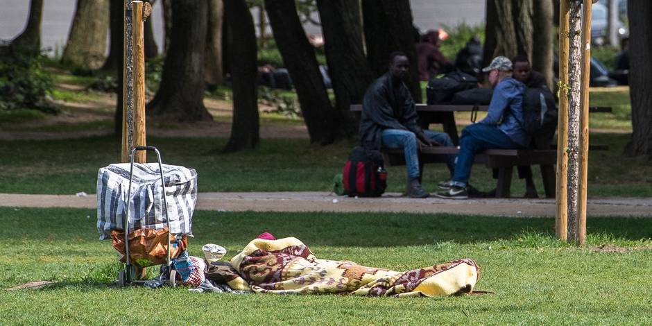 En quatre heures, la Plateforme citoyenne réunit 9.500€ pour offrir des douches aux migrants