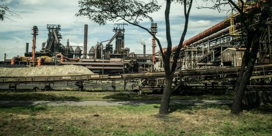 Un mort et deux blessés sur un site d'ArcelorMittal en Belgique