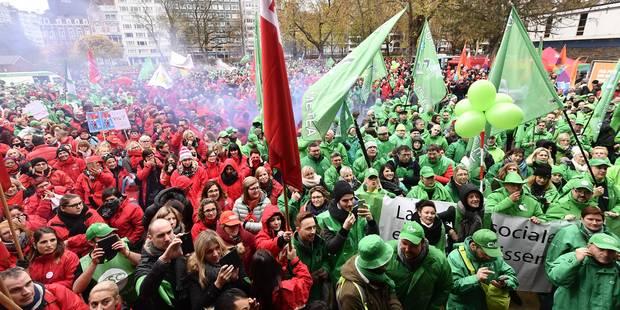 Manifestation à Liège: Plus de 10.000 personnes rassemblées dans le parc d'Avroy - La Libre