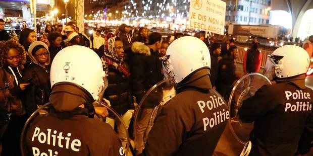 Emeutes à Bruxelles: les bourgmestres veulent des cadres policiers remplis - La Libre