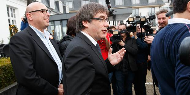 Carles Puigdemont est arrivé au palais de justice de Bruxelles - La Libre