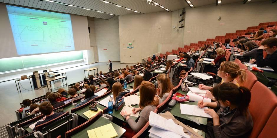 Edito: La juste place de l'Etat en matière d'enseignement - La Libre