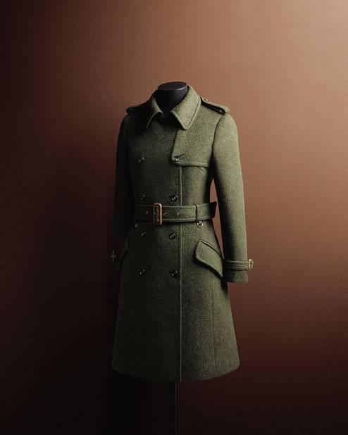 Tendance militaire pour ce manteau SportMax d' l'hiver 69/70, par Laura Lusuardi
