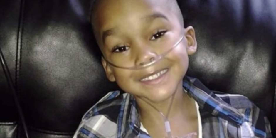 Christopher consulte 300 fois le médecin et subit 13 opérations pour rien — Dallas