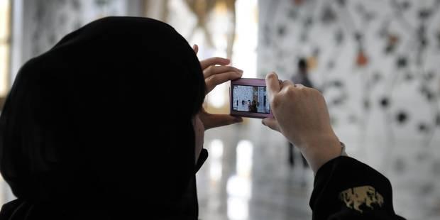 """Tunis suspend les vols d'Emirates après une mesure de """"sécurité"""" ciblant les Tunisiennes - La Libre"""