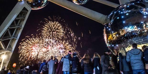 Le feu d'artifice du Nouvel An a attiré 45.000 spectateurs au pied de l'Atomium - La Libre