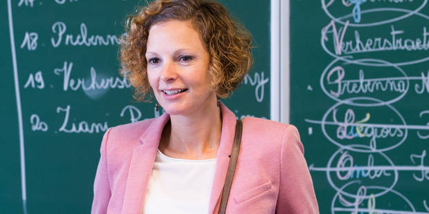 CEB: Une lettre au vitriol de plus de 200 directeurs envoyée à la ministre Schyns - La Libre