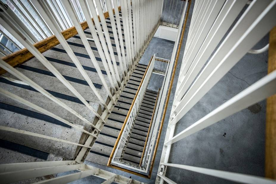 6 plateaux et deux sous-sols, cela fait beaucoup d'escaliers pour aller de bas en haut du théâtre National !