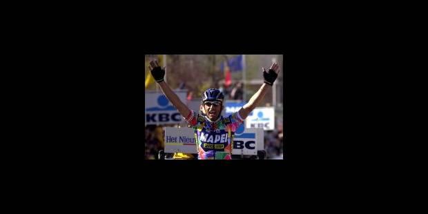 Andrea Tafi remporte le Tour des Flandres