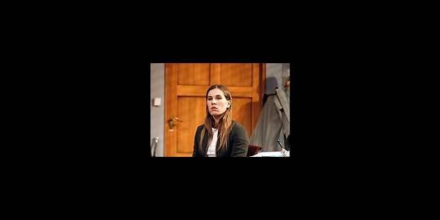 Mathilde Seigner, flamboyante Rita à l'école - La Libre