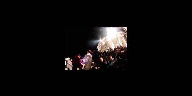Rideau sur les Nuits du Bota 2003 - La Libre