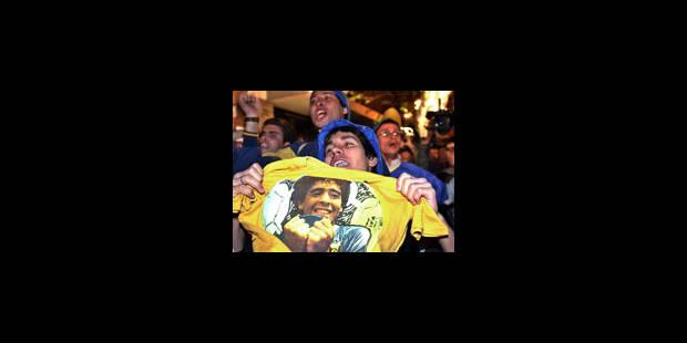 Diego Maradona respire mieux et ses médecins reprennent confiance