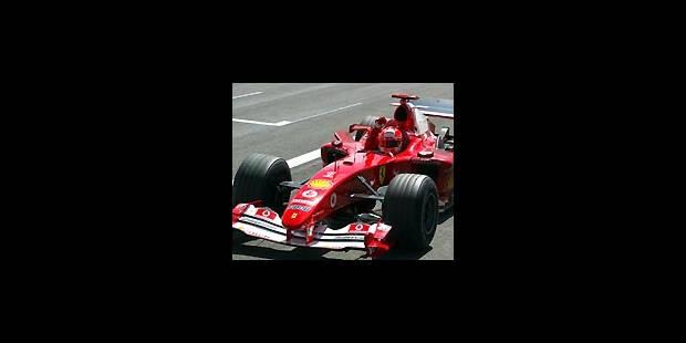 Michael Schumacher remporte le GP de Silverstone - La Libre