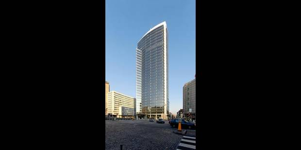 Trois tours de 400 mètres de haut à La Défense - La Libre