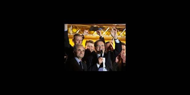 Prodi revendique la victoire, la droite conteste le scrutin - La Libre