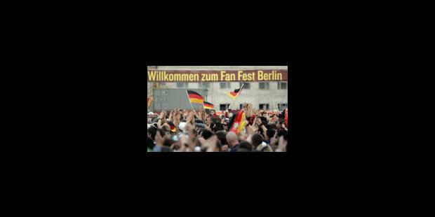 Le foot, symbole de la mondialisation - La Libre