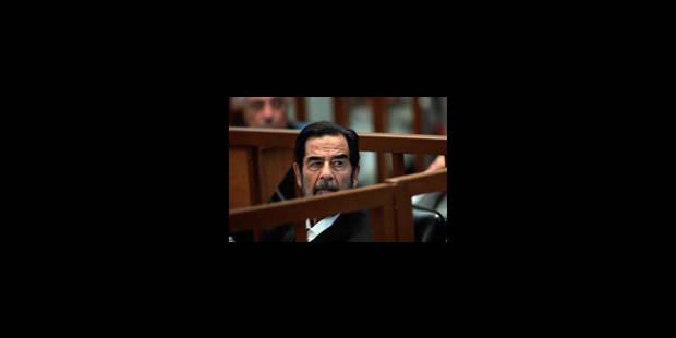 Saddam Hussein à nouveau expulsé du tribunal - La Libre