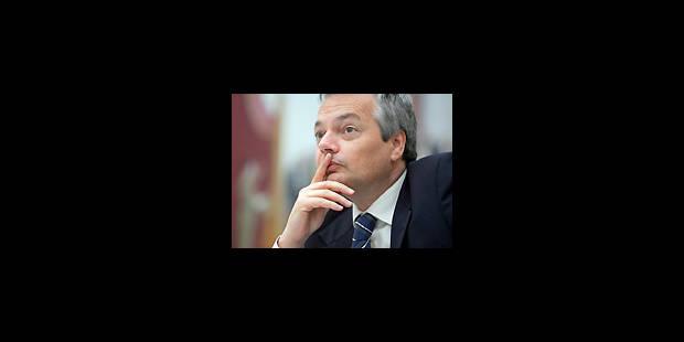 """Prix """"chardon"""" pour le ministre fédéral des Finances - La Libre"""