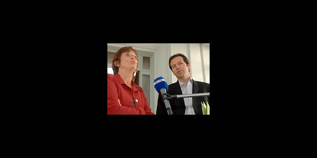 Premier tour des partis pour Reynders - La Libre