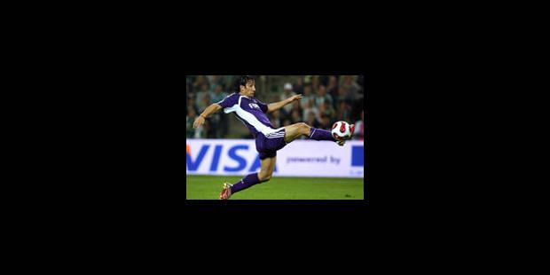 Akin décisif, Anderlecht qualifié