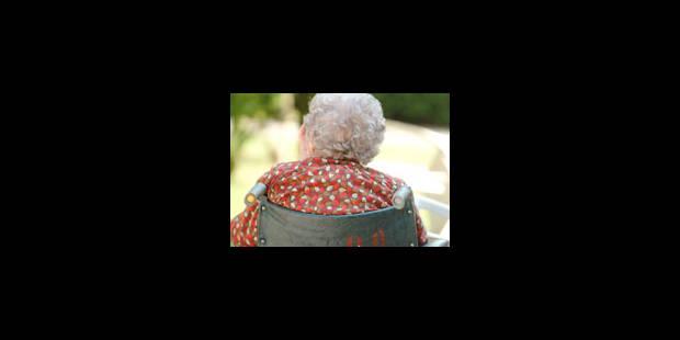 Les aînés de plus en plus pauvres ? - La Libre