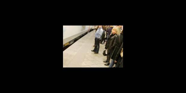 Grève des accompagnateurs de train à La Louvière - La Libre