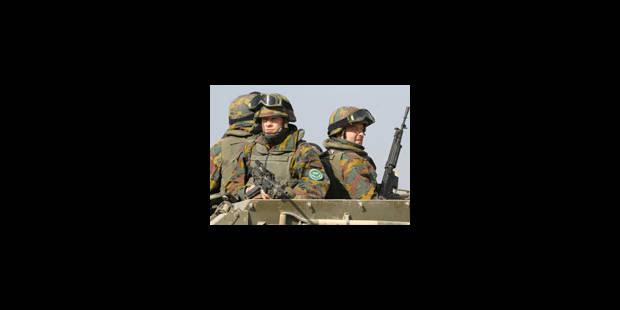 De Crem en visite auprès des troupes belges - La Libre