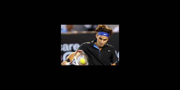 Federer rejoint Djokovic en demi-finales