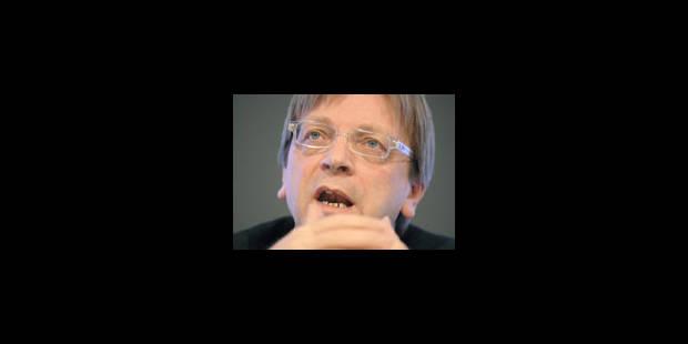 "Verhofstadt juge ""grave"" la rupture du secret - La Libre"